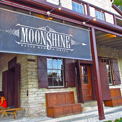 Moonshine Patio Bar & Grill: Best Restaurants in Austin