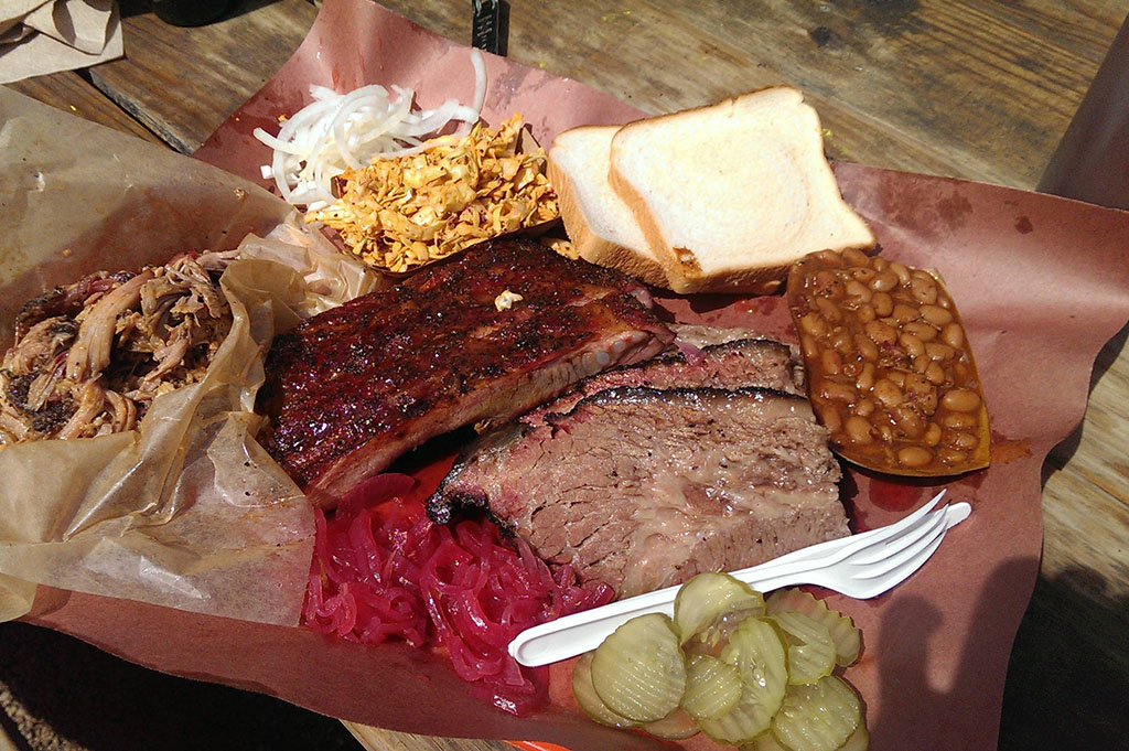 FILLER La Barbecue Good Eats Austin-Local-Travel-Guide-Mike-Puckett-DDM
