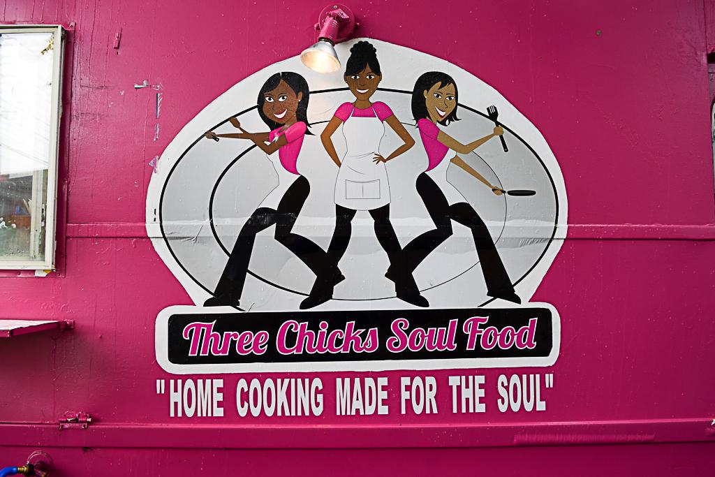 Three Chicks Sould Food Good Eats Austin Desiree Dunning Super Select Photography 1024